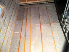 Утепление стены деревянного дома теплоизолятором Эковата
